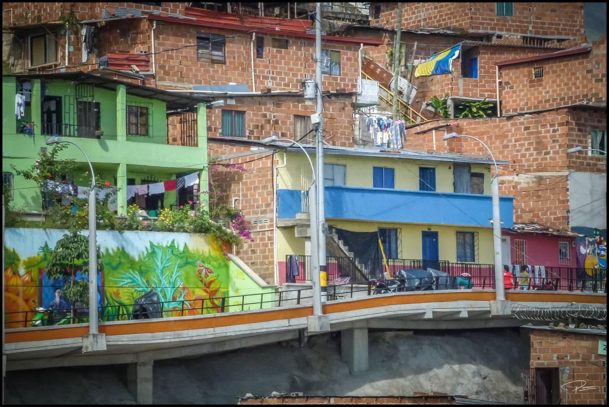 Medellin Comuna13 08Oct2013 PG 095
